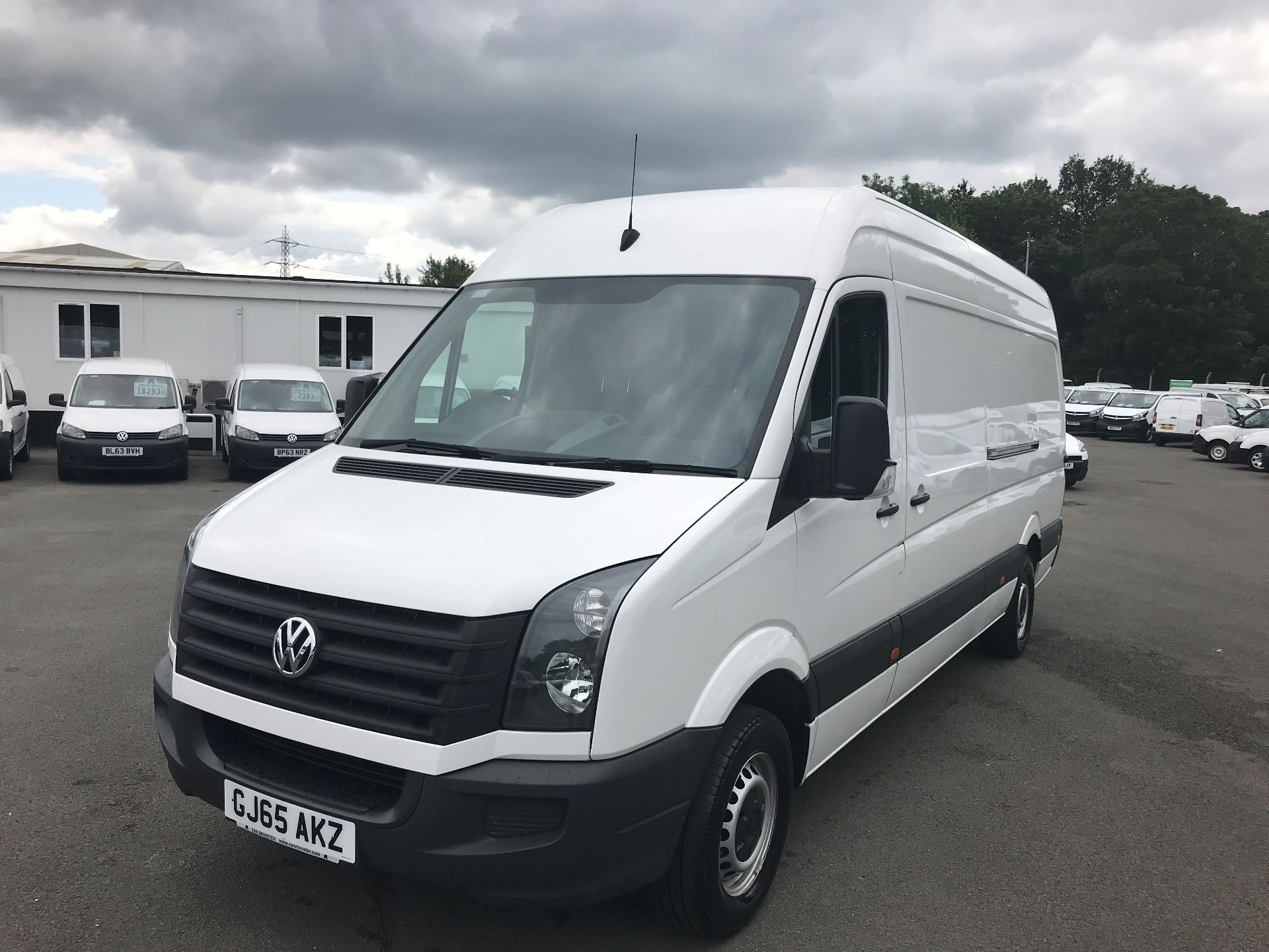 2015 Volkswagen Crafter  CR35 LWB 2.0 TDI 136PS HIGH ROOF EURO 5 (GJ65AKZ) Image 2