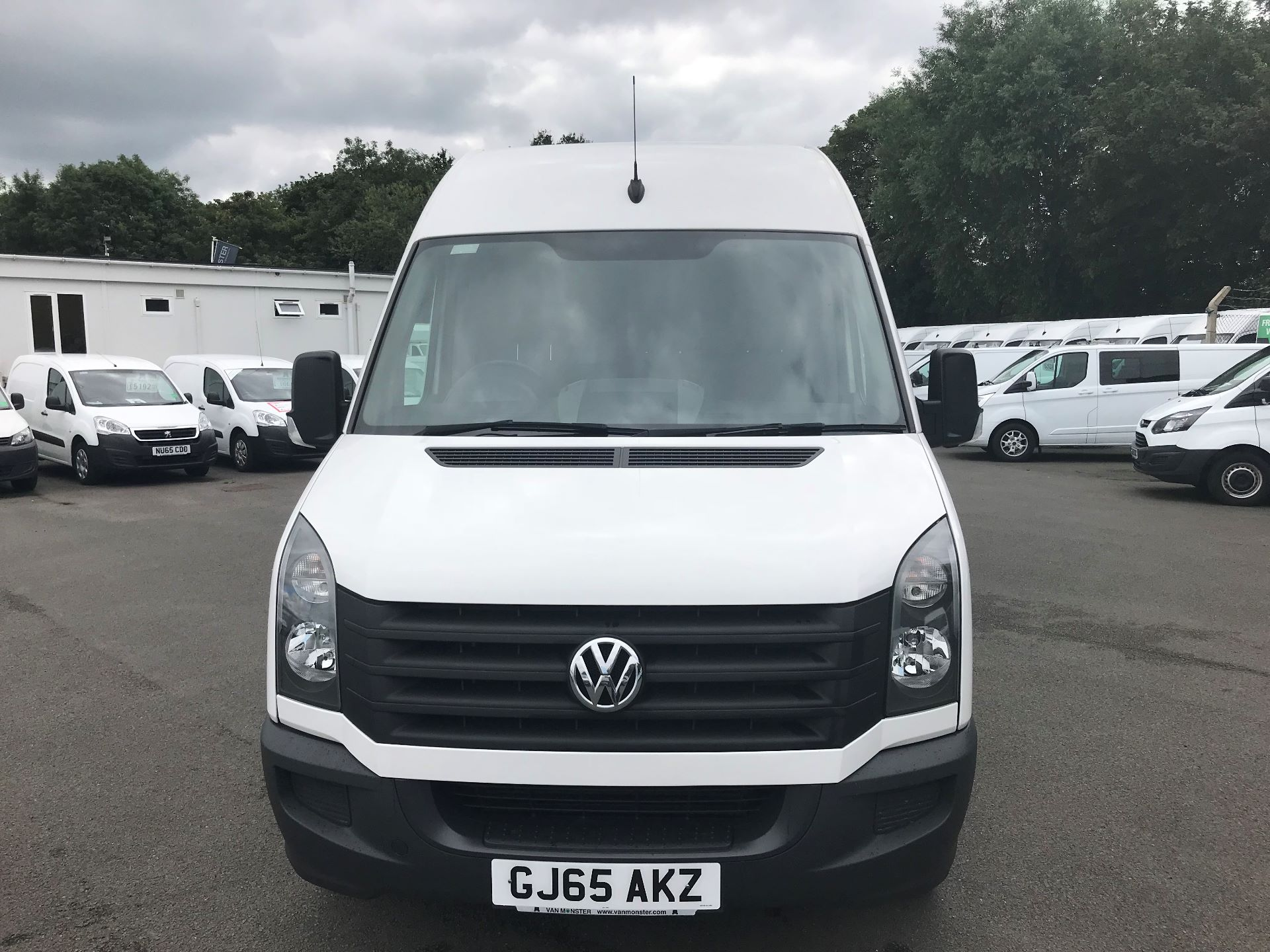 2015 Volkswagen Crafter  CR35 LWB 2.0 TDI 136PS HIGH ROOF EURO 5 (GJ65AKZ) Image 3