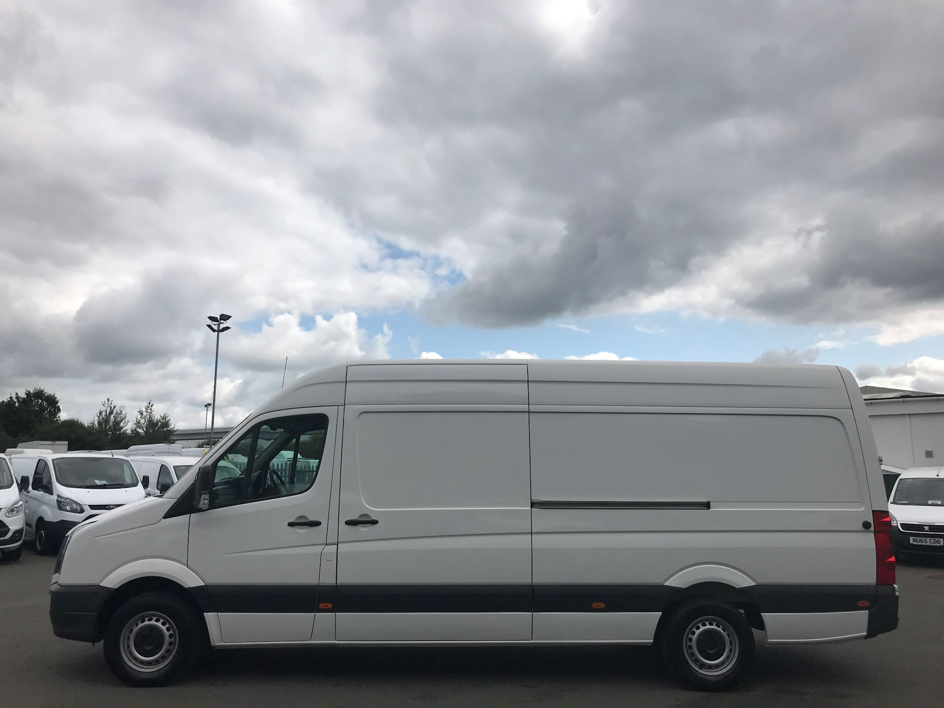 2015 Volkswagen Crafter  CR35 LWB 2.0 TDI 136PS HIGH ROOF EURO 5 (GJ65AKZ) Image 9