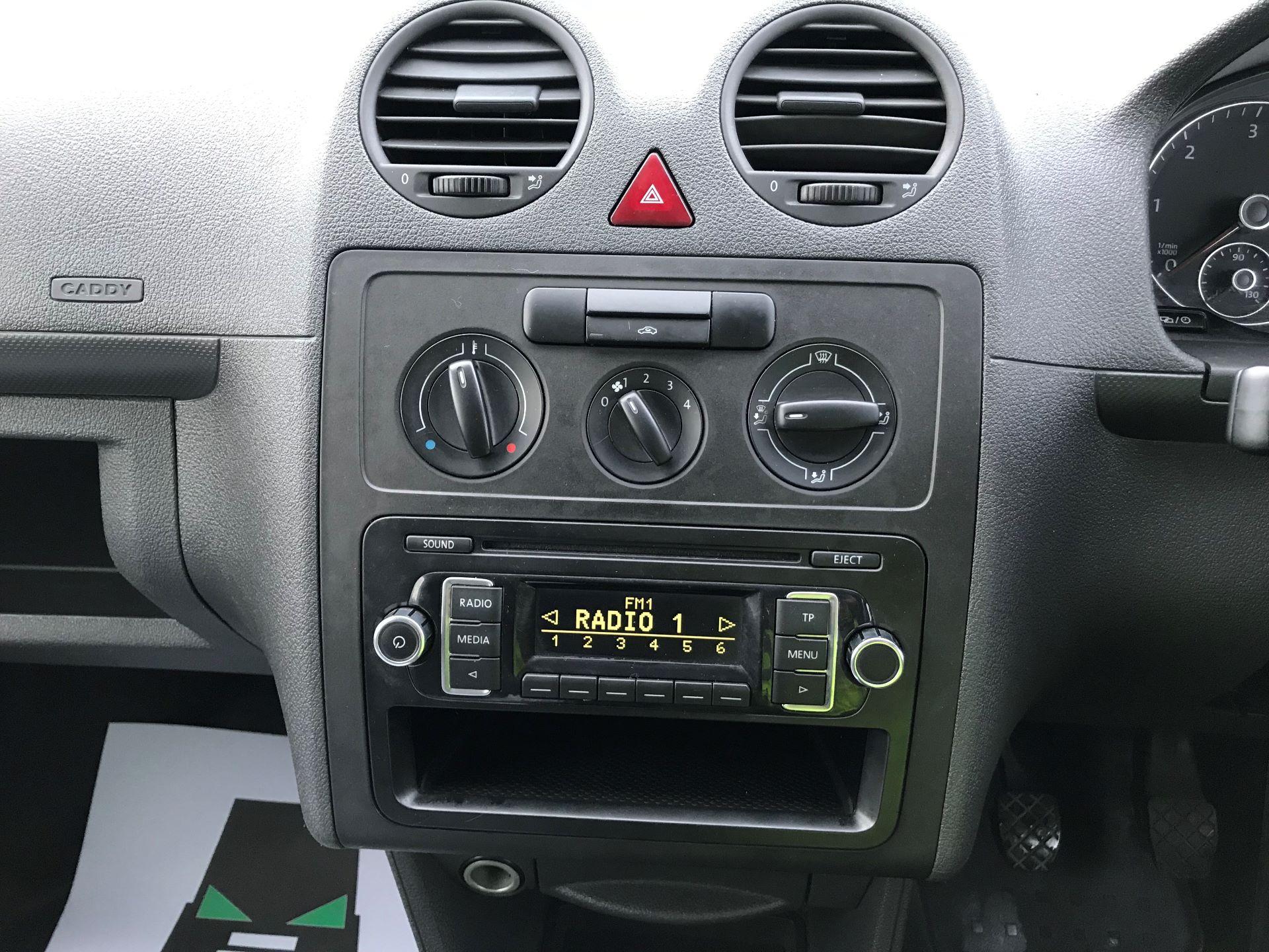 2015 Volkswagen Caddy Maxi  MAXI 1.6 102PS STARTLINE EURO 5 (GJ65CXW) Image 21