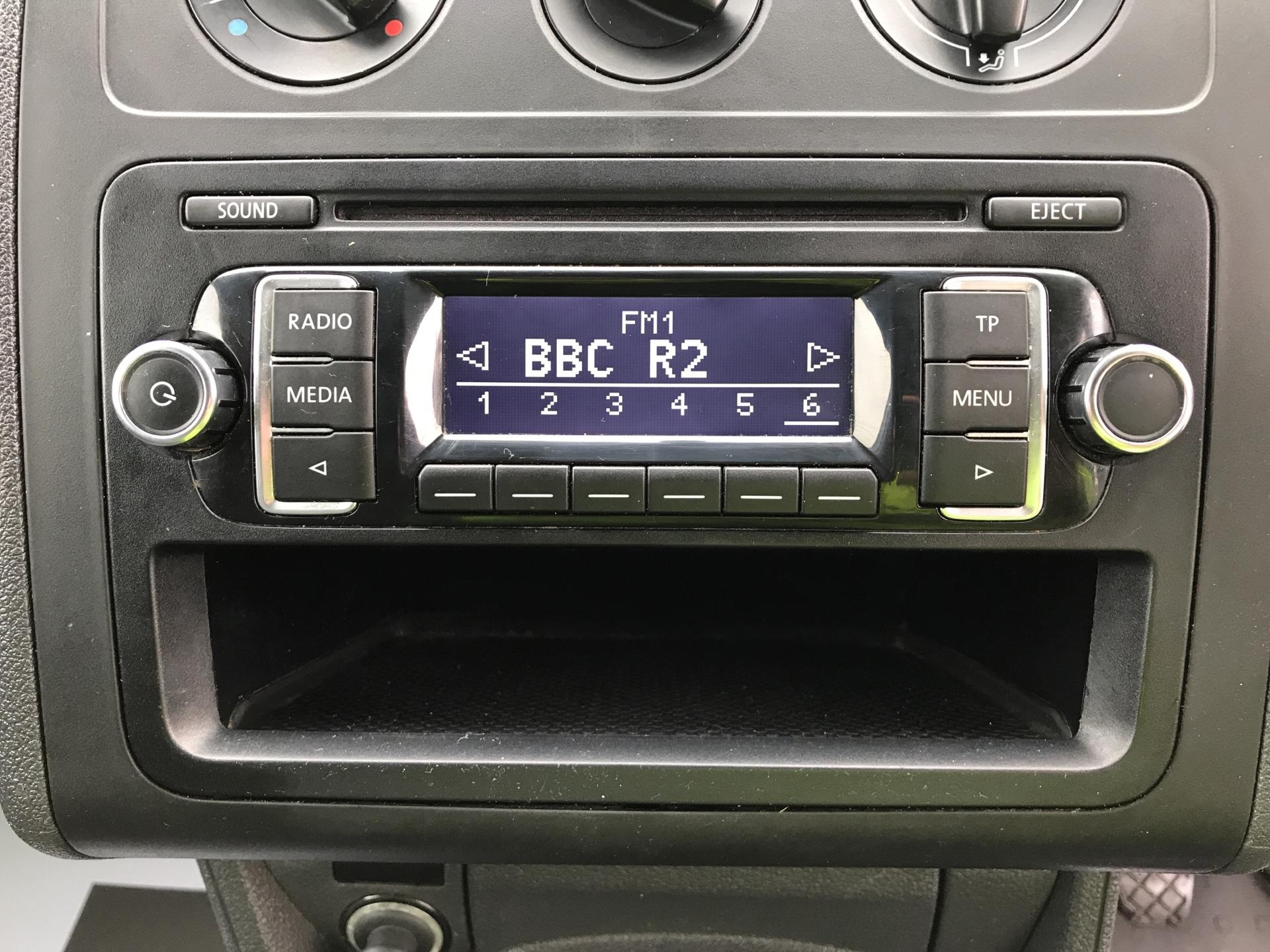 2015 Volkswagen Caddy  1.6 102PS STARTLINE EURO 5 (GJ65GHD) Image 10