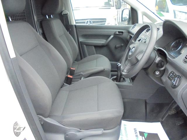 2015 Volkswagen Caddy  1.6 102PS STARTLINE EURO 5 (GJ65GHK) Image 9