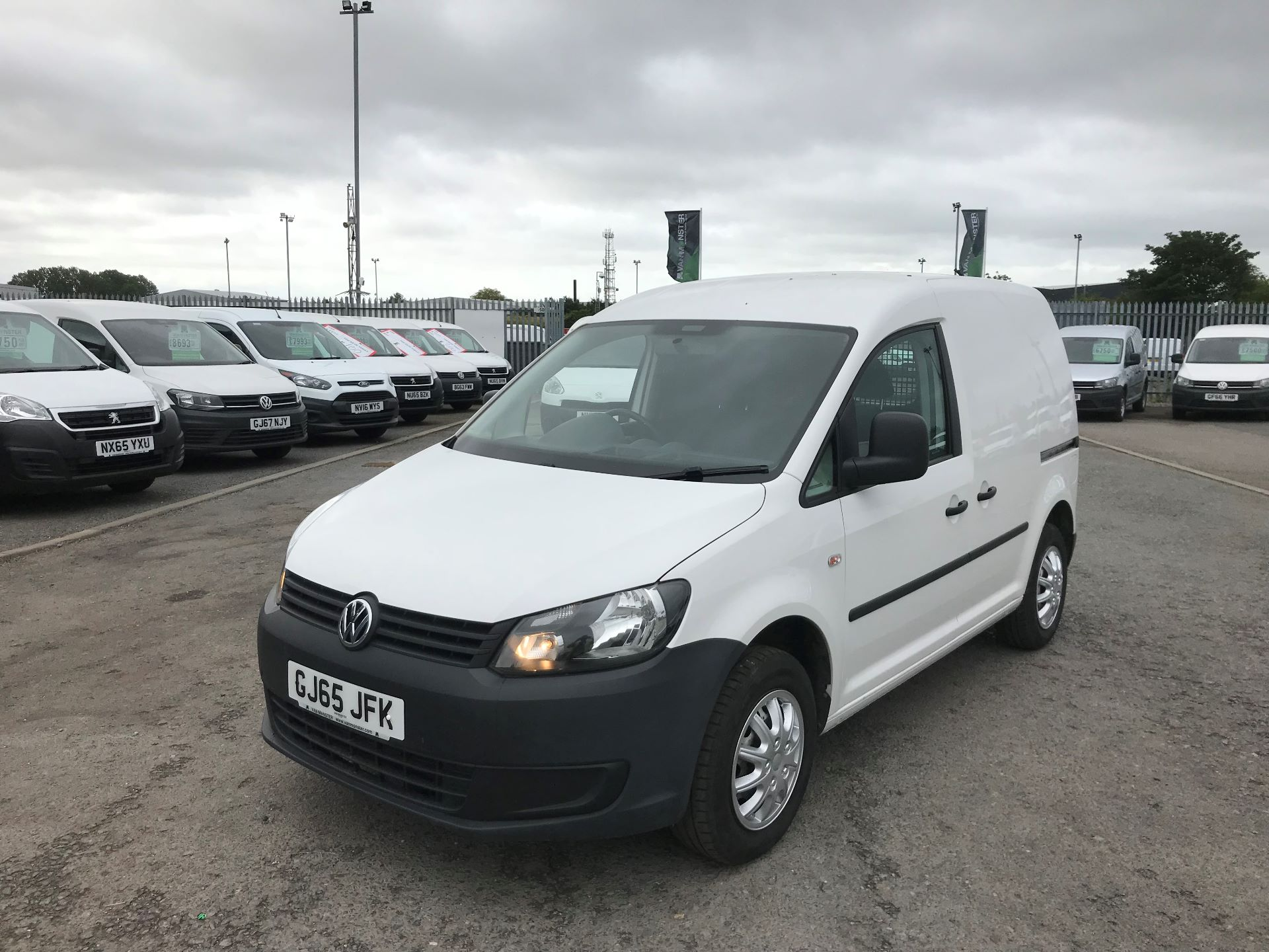 2016 Volkswagen Caddy  1.6 102PS STARTLINE EURO 5 (GJ65JFK) Thumbnail 8