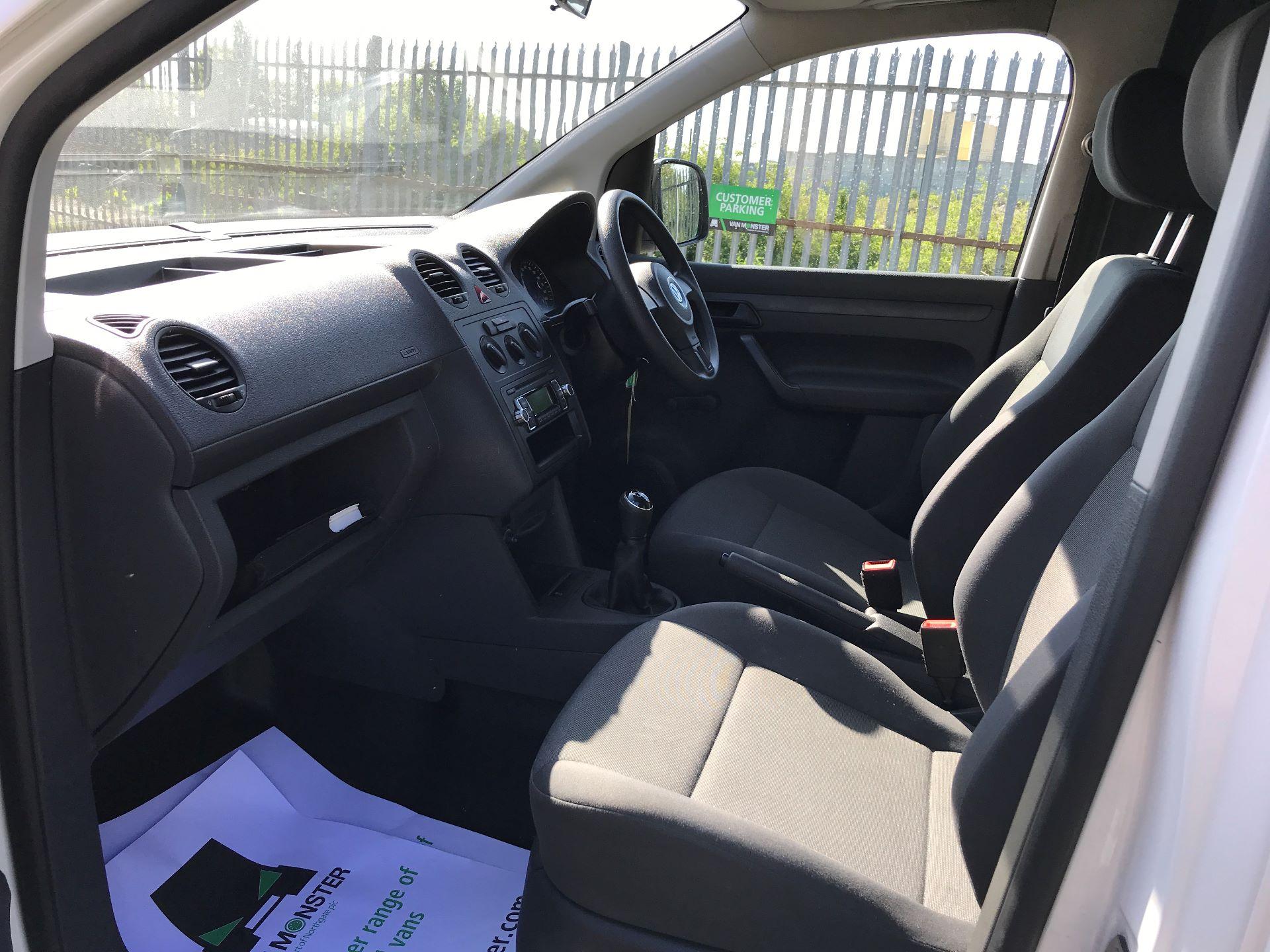 2016 Volkswagen Caddy 1.6TDI 75PS STARTLINE EURO 5 (GJ65JKV) Image 12