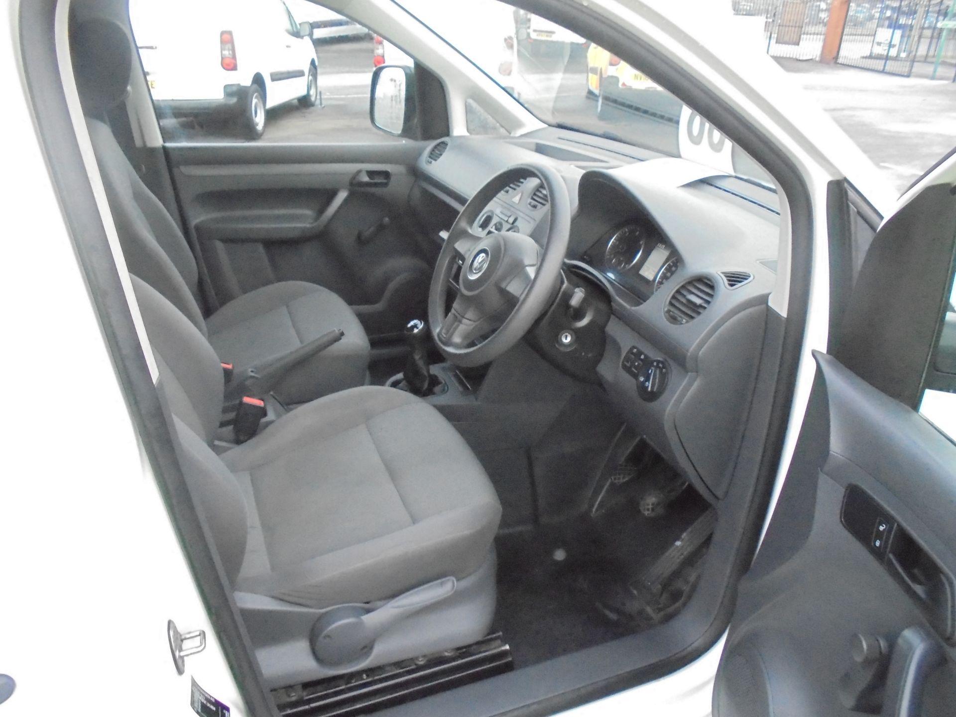 2016 Volkswagen Caddy Maxi 1.6 Tdi 102Ps Startline Van (GJ65JRZ) Image 9