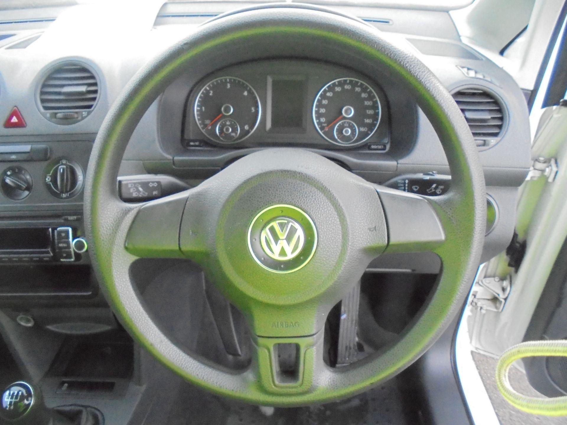 2016 Volkswagen Caddy Maxi 1.6 Tdi 102Ps Startline Van (GJ65JRZ) Image 11