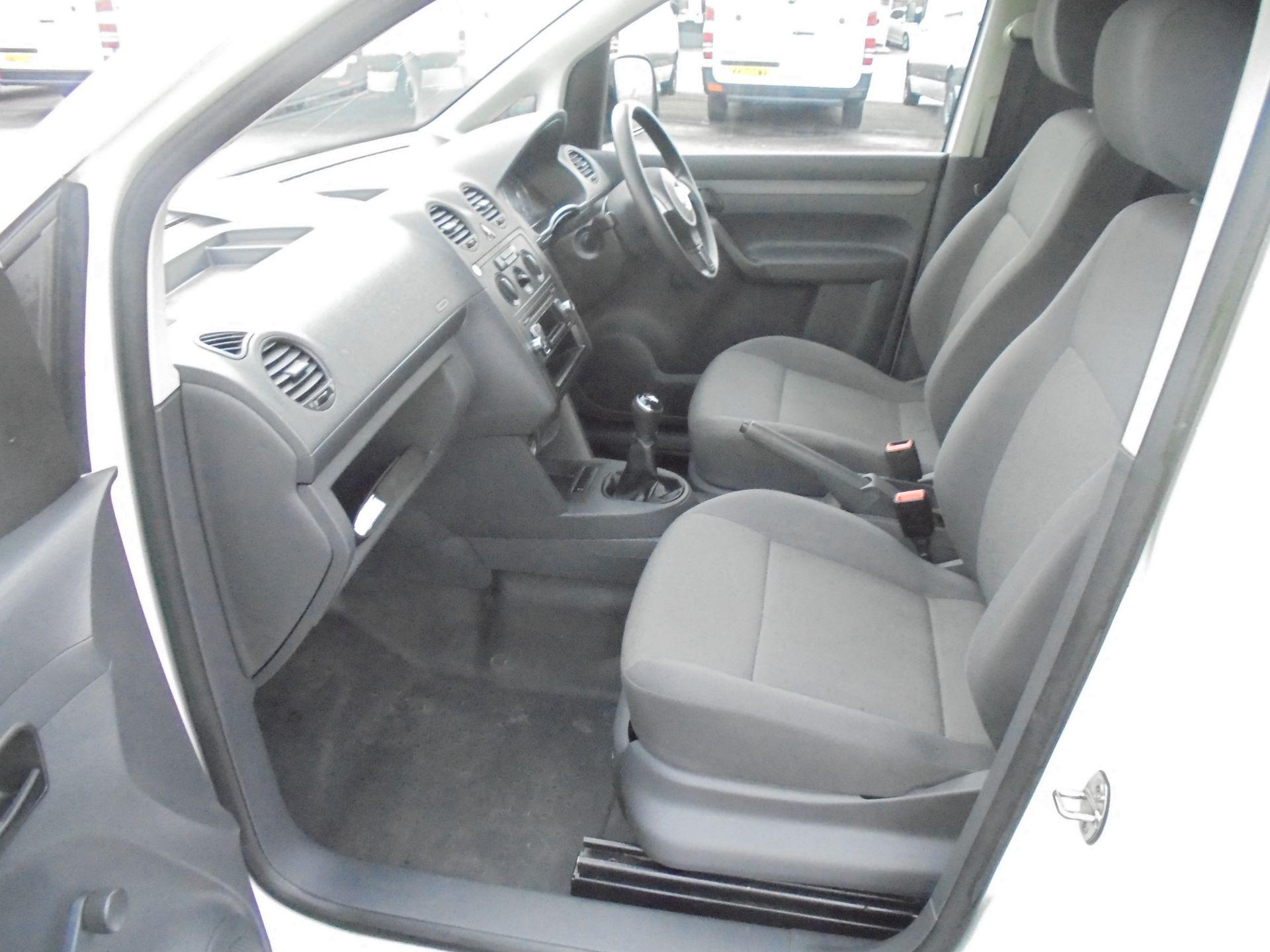 2016 Volkswagen Caddy Maxi 1.6 Tdi 102Ps Startline Van (GJ65JRZ) Image 20