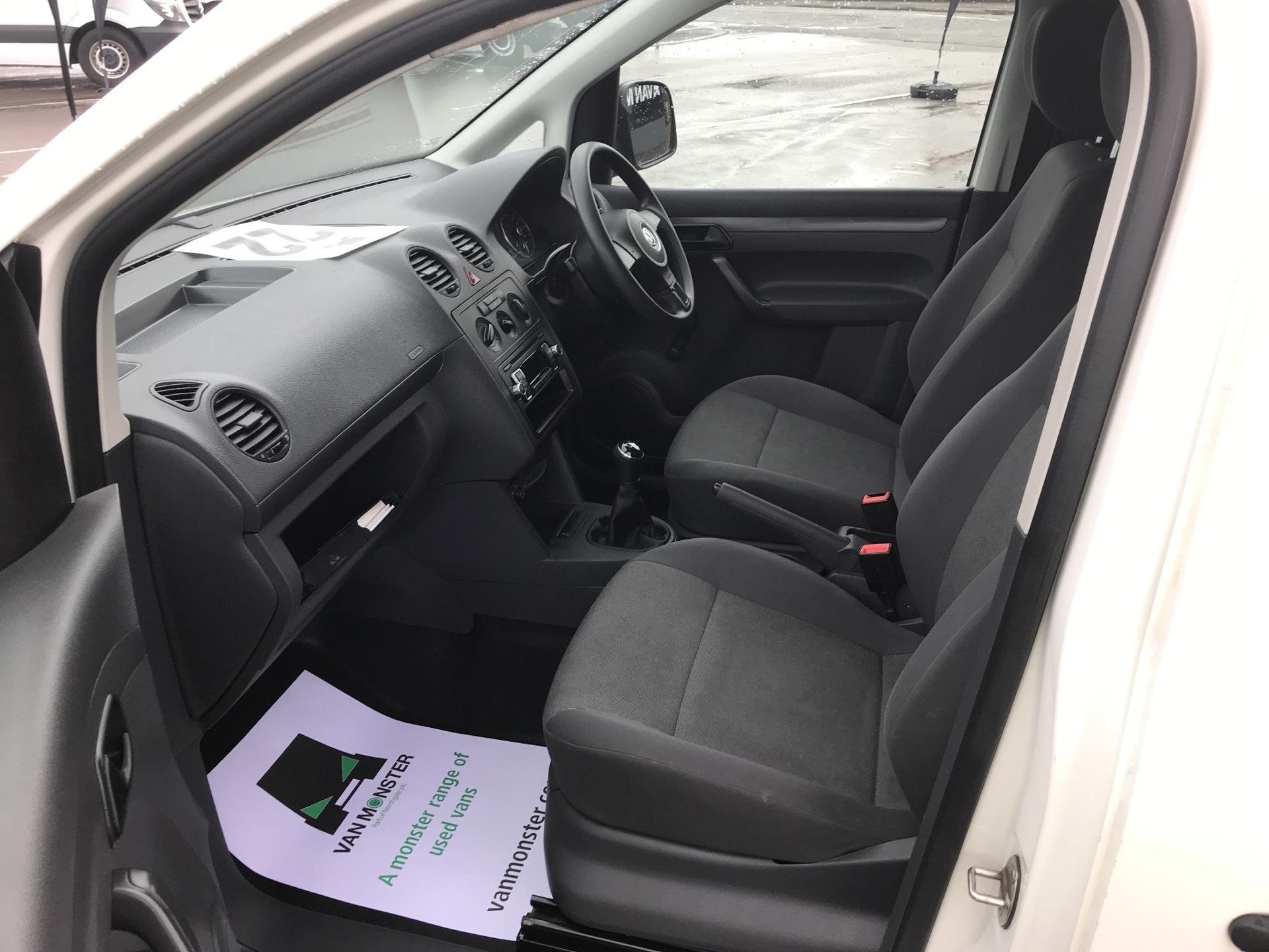 2015 Volkswagen Caddy 1.6 Tdi 75Ps Startline Van (GJ65MGZ) Image 14