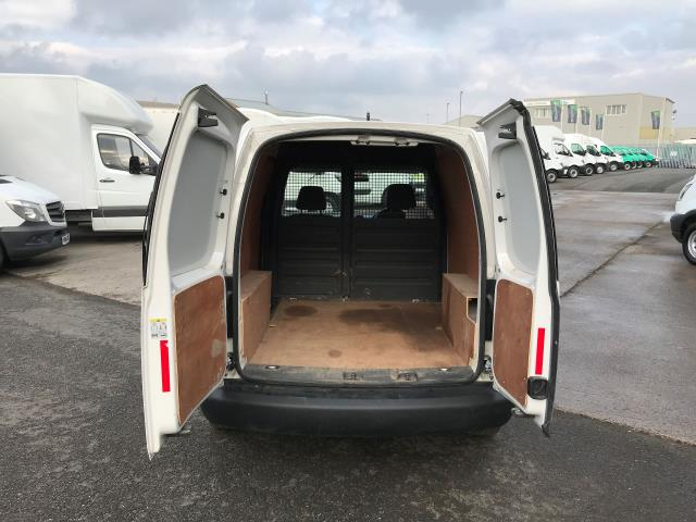 2015 Volkswagen Caddy  1.6TDI 102PS STARTLINE EURO 5 (GJ65MSV) Image 14