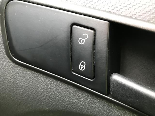 2015 Volkswagen Caddy  1.6TDI 102PS STARTLINE EURO 5 (GJ65MSV) Image 22
