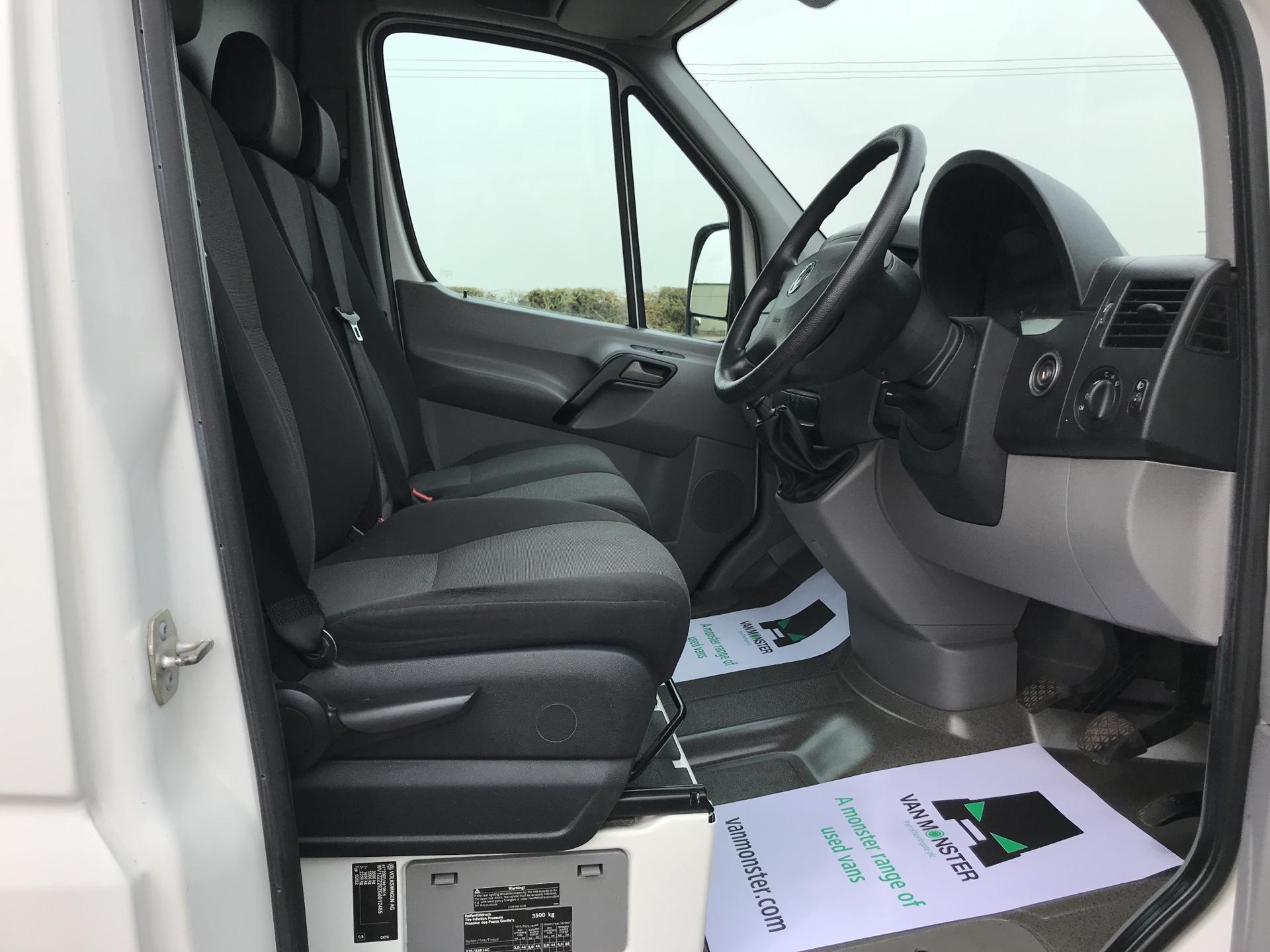 2015 Volkswagen Crafter CR35 LWB 2.0 136PS HIGH ROOF EURO 5 (GJ65TKU) Image 9