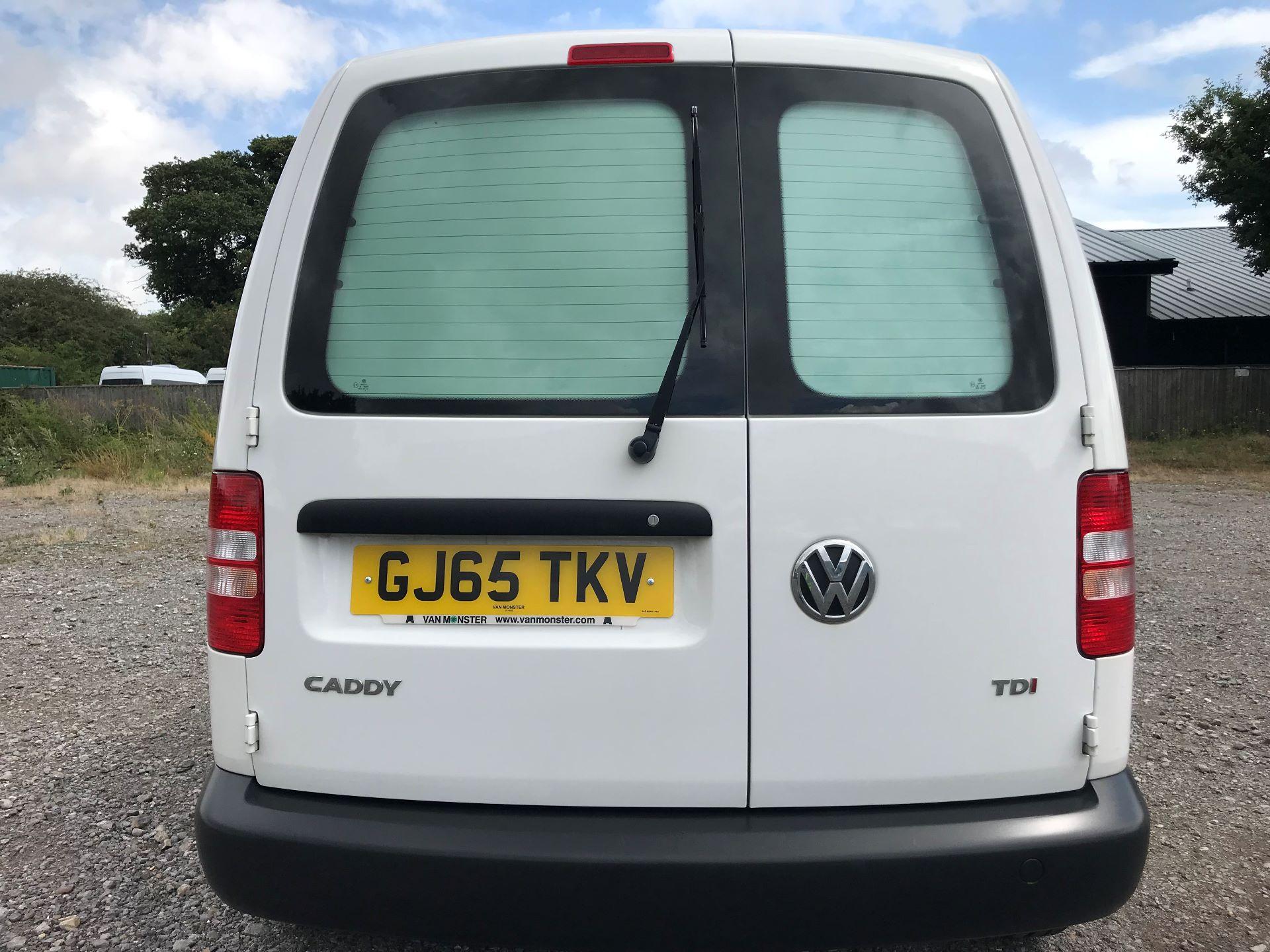 2015 Volkswagen Caddy  1.6 102PS STARTLINE EURO 5 (GJ65TKV) Image 6