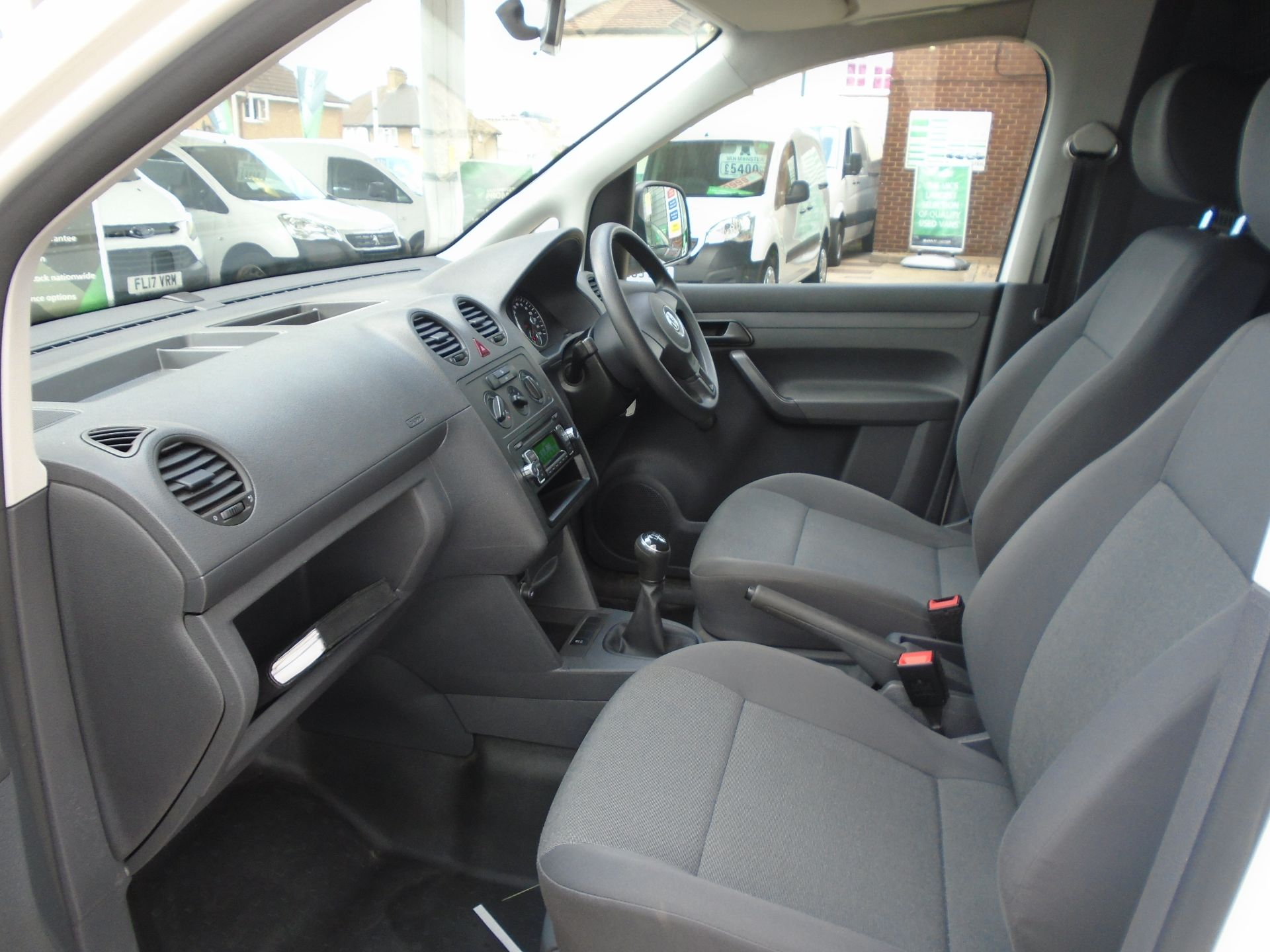 2015 Volkswagen Caddy 1.6 Tdi 102Ps Startline Van(EURO 5) (GJ65TLY) Image 22