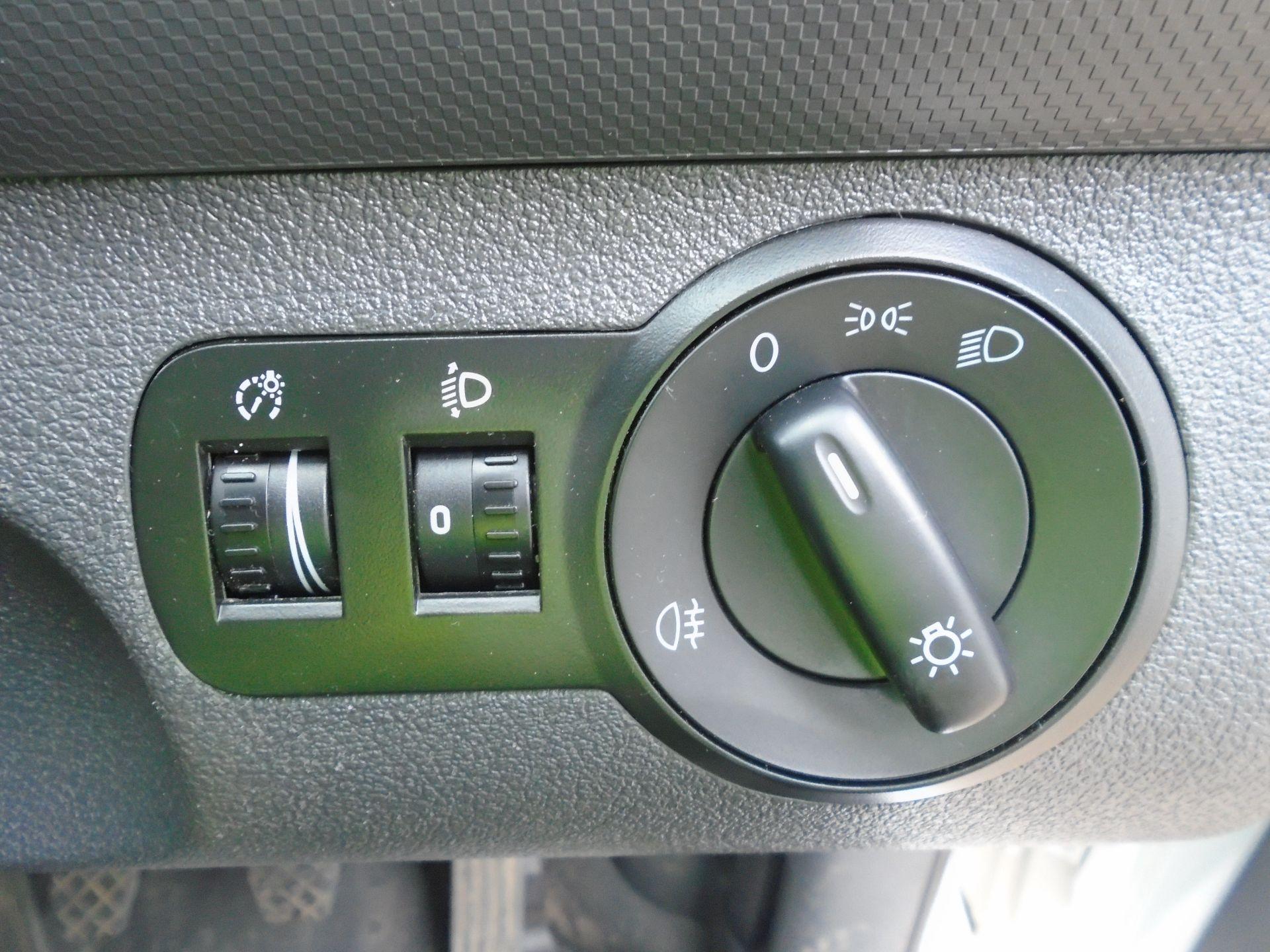 2015 Volkswagen Caddy 1.6 Tdi 102Ps Startline Van(EURO 5) (GJ65TLY) Image 18