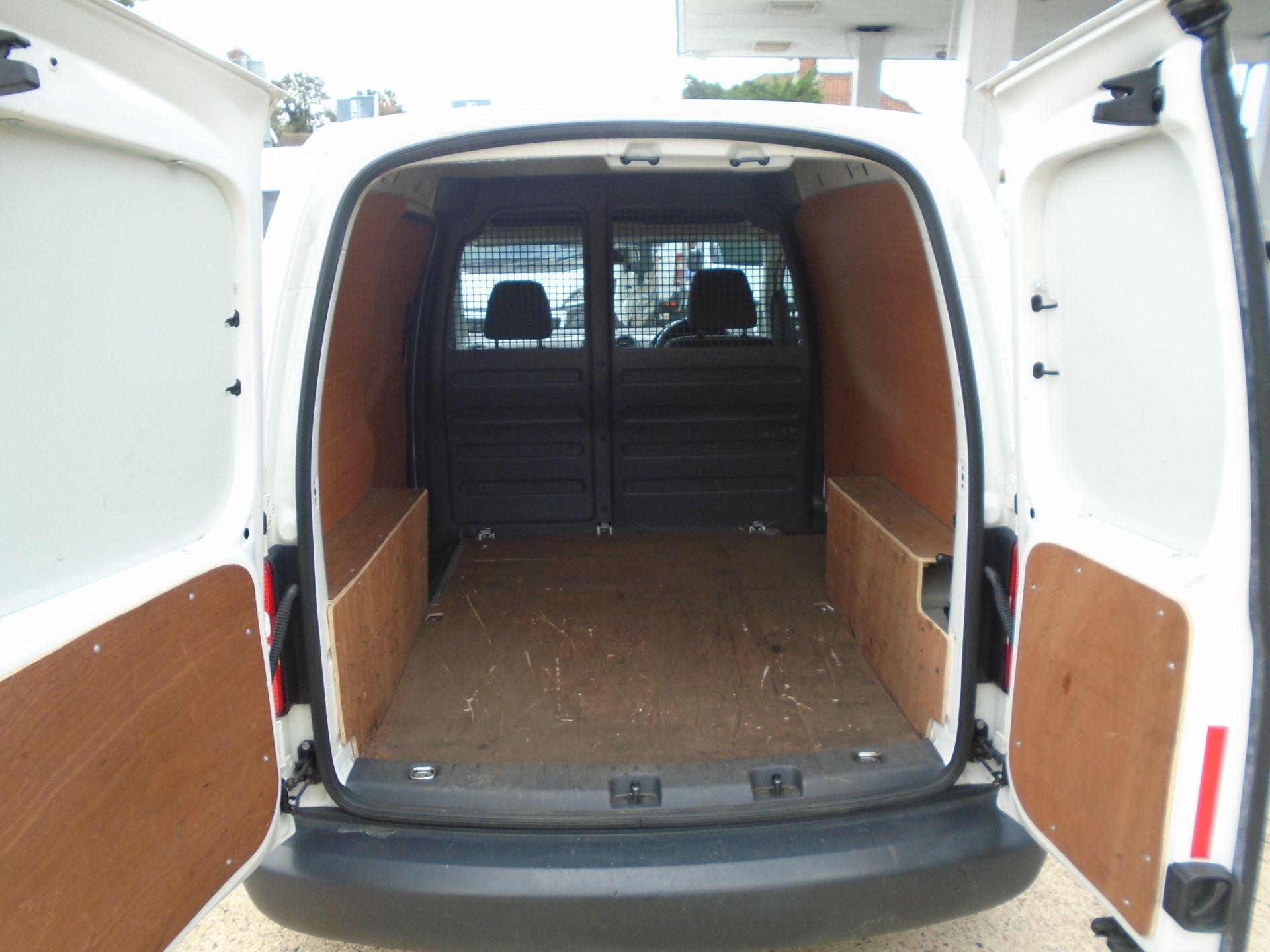 2015 Volkswagen Caddy 1.6 Tdi 102Ps Startline Van(EURO 5) (GJ65TLY) Image 8