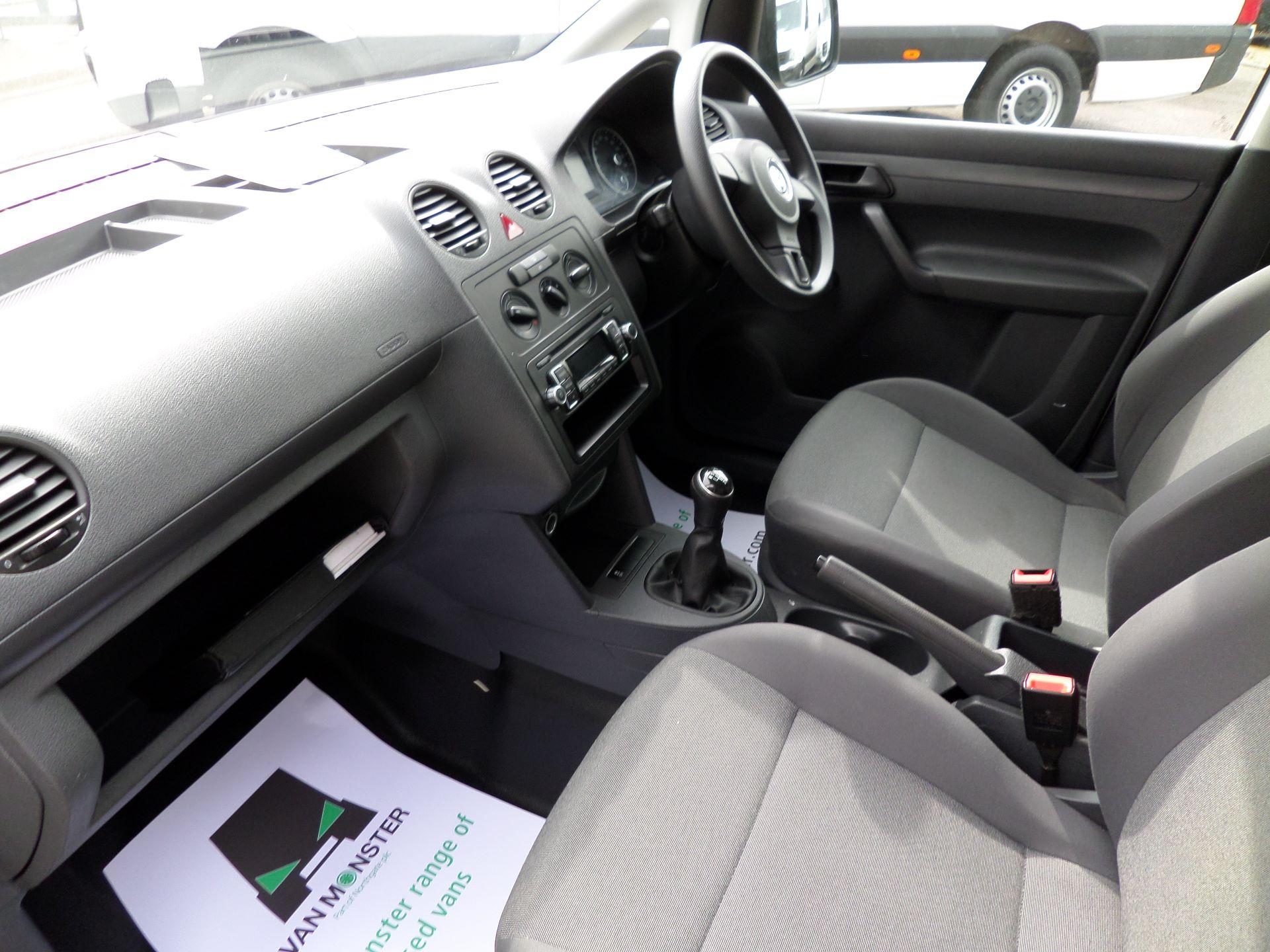 2015 Volkswagen Caddy 1.6 Tdi 102Ps Startline Van Euro 5 (GJ65WJM) Image 12
