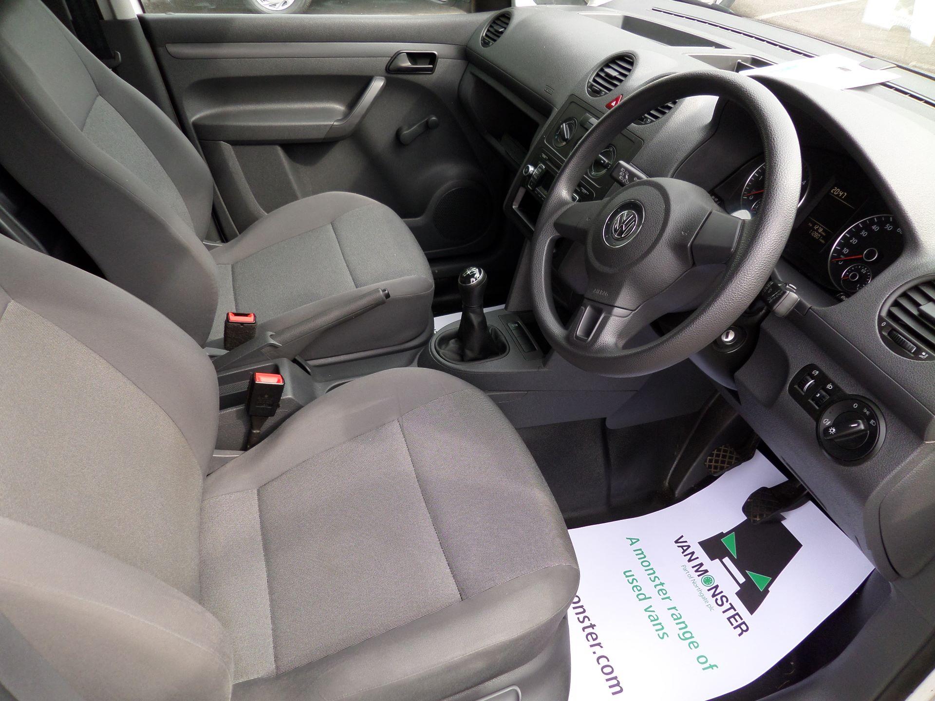 2015 Volkswagen Caddy 1.6 Tdi 102Ps Startline Van Euro 5 (GJ65WJM) Image 2