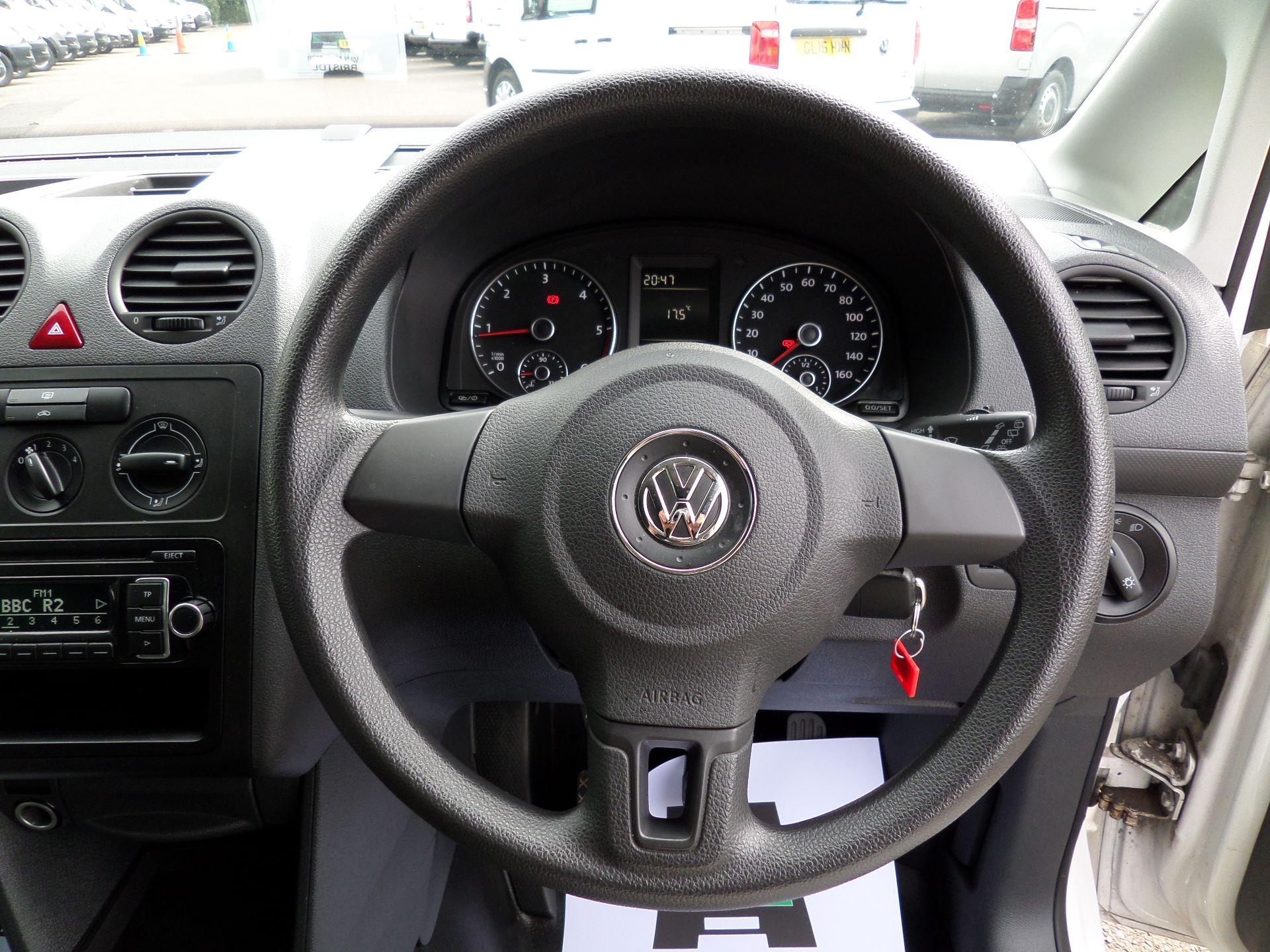 2015 Volkswagen Caddy 1.6 Tdi 102Ps Startline Van Euro 5 (GJ65WJM) Image 4