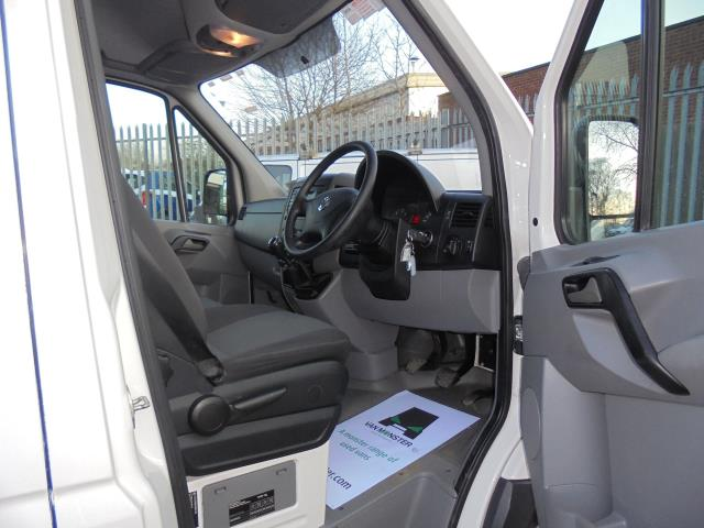 2015 Volkswagen Crafter CR35 LWB 2.0 TDI 136PS HIGH ROOF EURO 5 (GJ65ZPD) Image 14