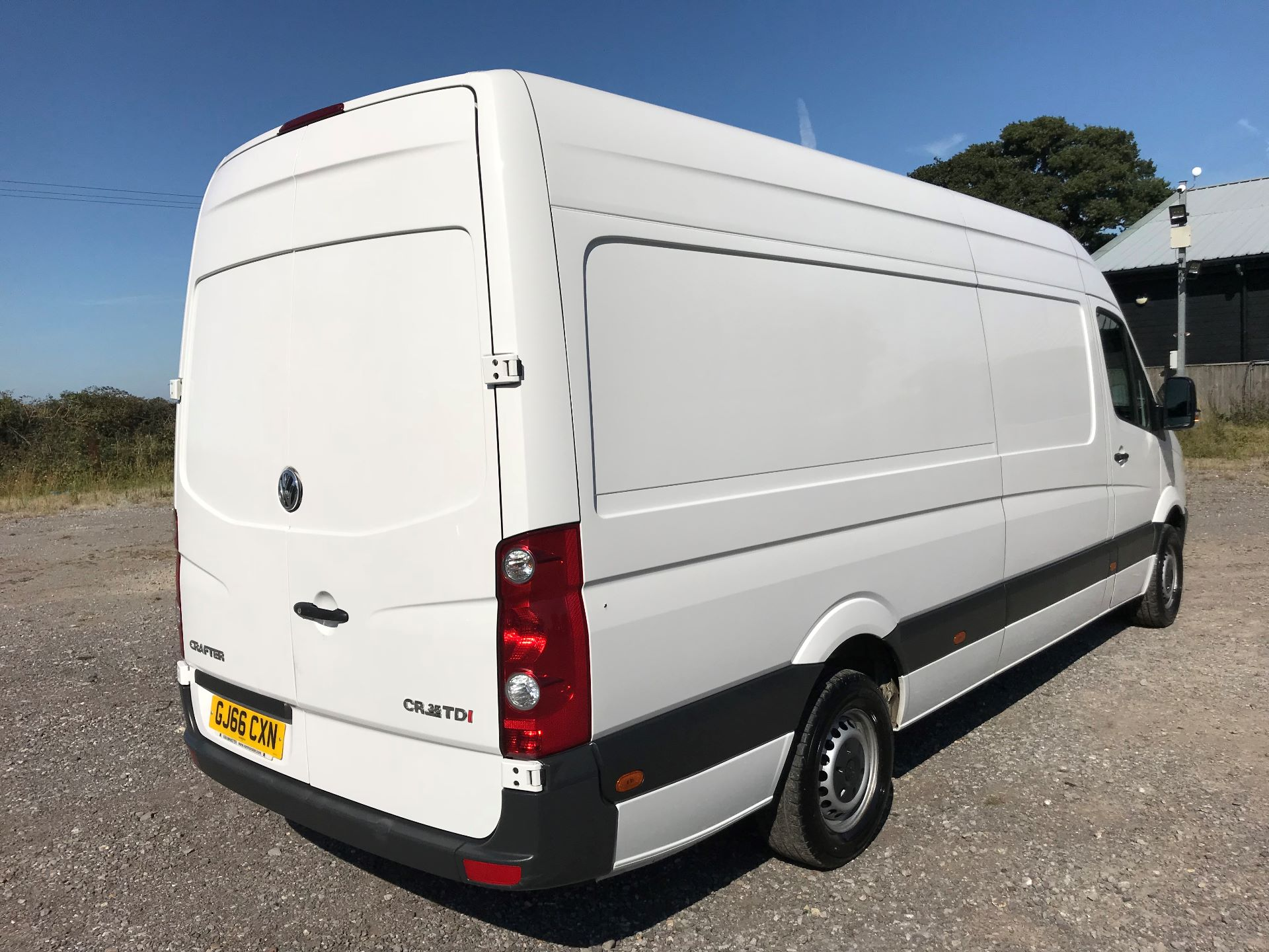 2016 Volkswagen Crafter  CR35 LWB 2.0 TDI 136PS HIGH ROOF EURO 5 (GJ66CXN) Image 4