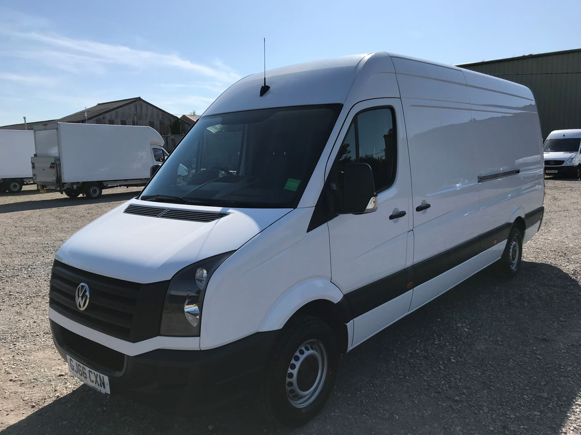 2016 Volkswagen Crafter  CR35 LWB 2.0 TDI 136PS HIGH ROOF EURO 5 (GJ66CXN) Image 3