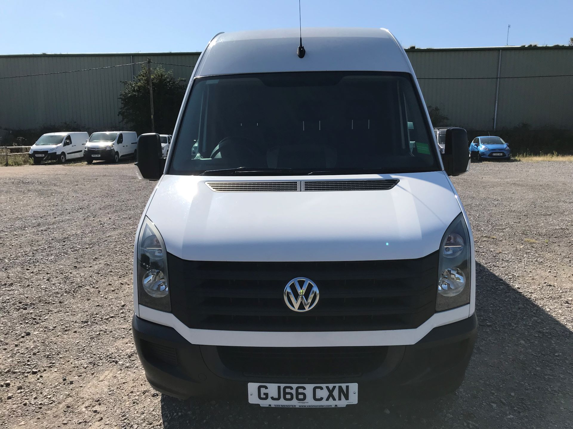2016 Volkswagen Crafter  CR35 LWB 2.0 TDI 136PS HIGH ROOF EURO 5 (GJ66CXN) Image 2