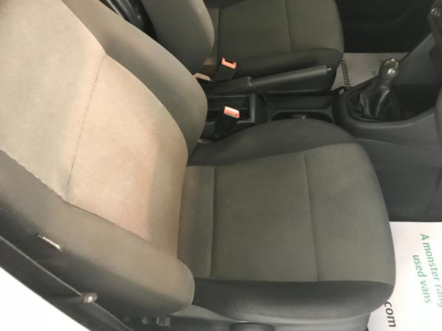 2016 Volkswagen Caddy  2.0 102PS BLUEMOTION TECH 102 STARTLINE EURO 6 (GJ66CXU) Image 25