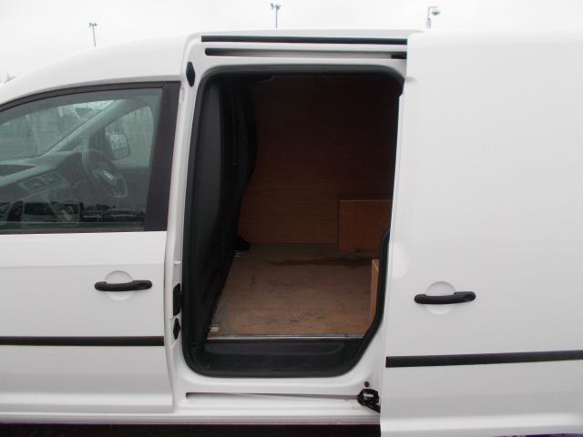 2016 Volkswagen Caddy  2.0 102PS BLUEMOTION TECH 102 STARTLINE EURO 6 (GJ66CXW) Image 9