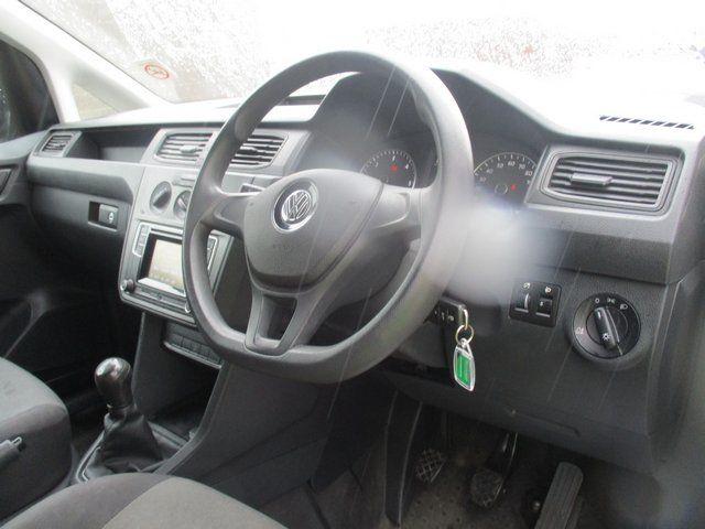 2016 Volkswagen Caddy 2.0 102PS BLUEMOTION TECH 102 STARTLINE EURO 6 (GJ66ESU) Image 15
