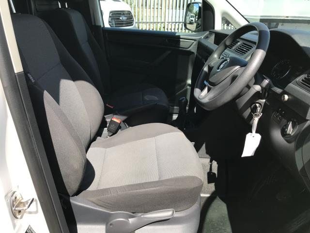 2016 Volkswagen Caddy 2.0TDI 102PS BLUEMOTION TECH STARTLINE EURO 6 (GJ66ETZ) Image 8