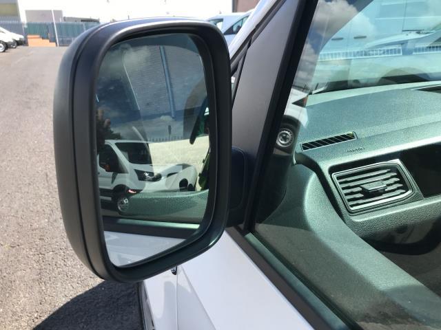 2016 Volkswagen Caddy 2.0TDI 102PS BLUEMOTION TECH STARTLINE EURO 6 (GJ66ETZ) Image 24