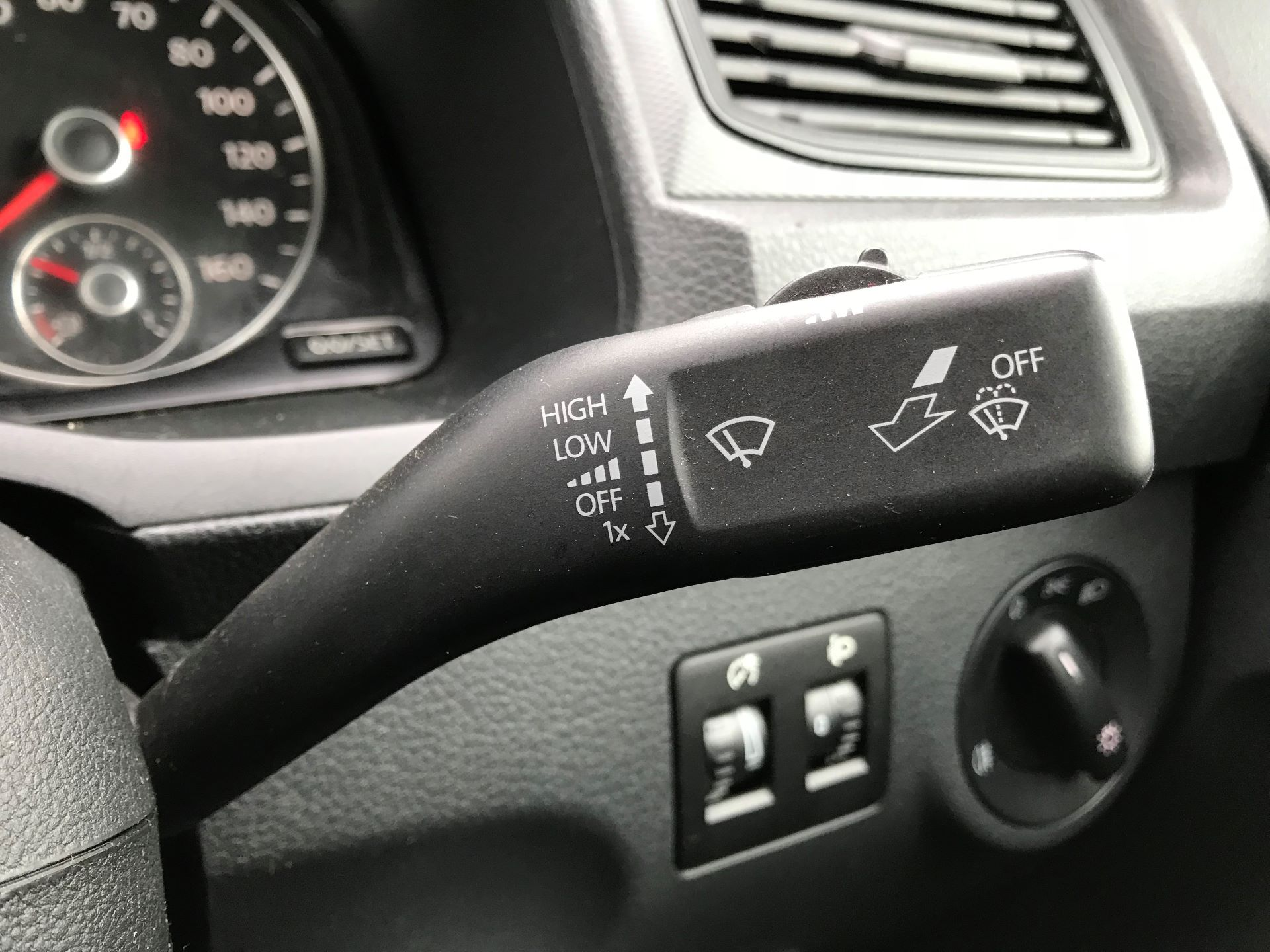 2016 Volkswagen Caddy   2.0 102PS Bluemotion Tech 102 Startline Euro 6 (GJ66EUC) Image 24