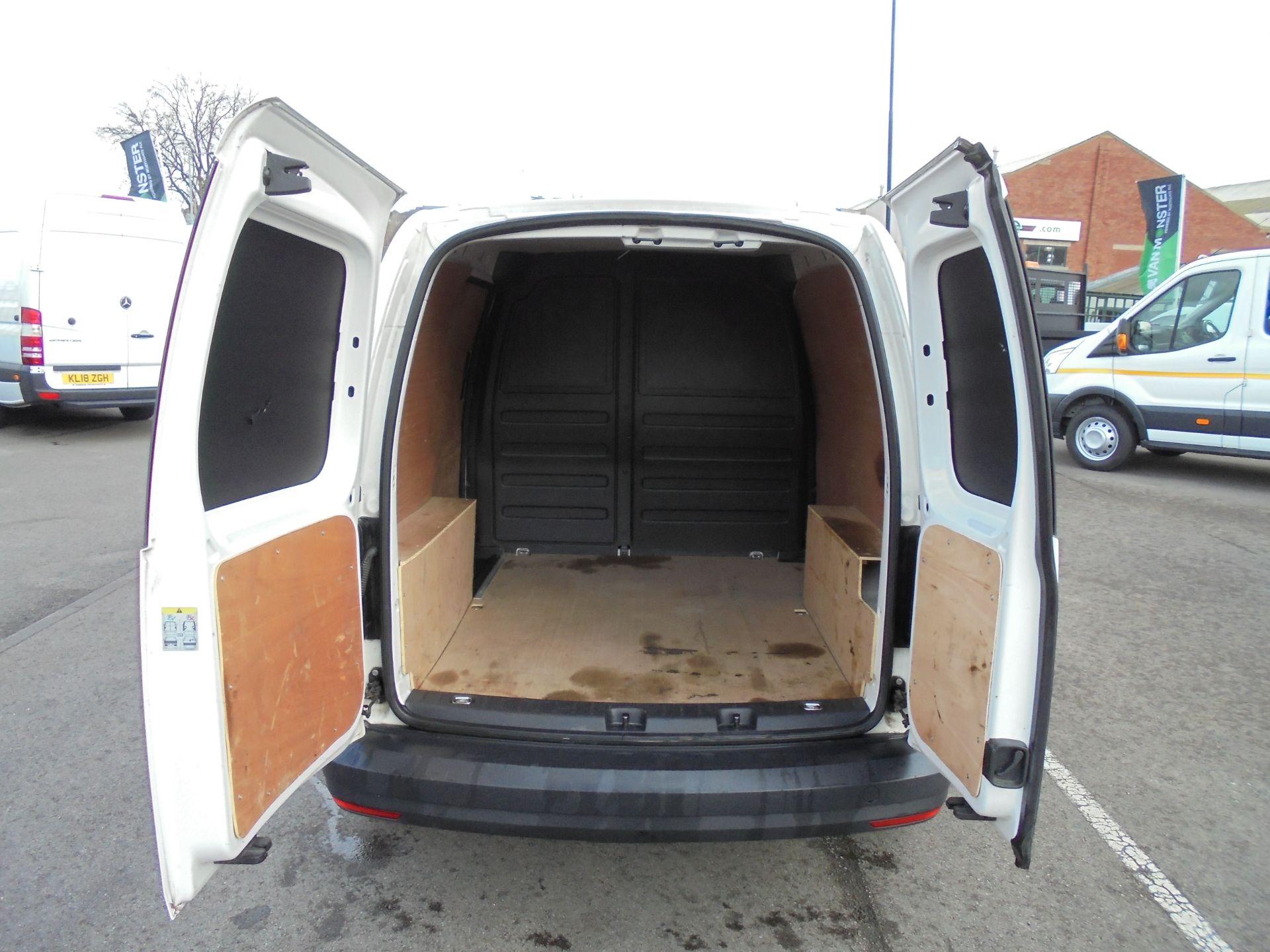2016 Volkswagen Caddy 2.0 Tdi Bluemotion Tech 102Ps Startline Van (GJ66EUK) Image 27