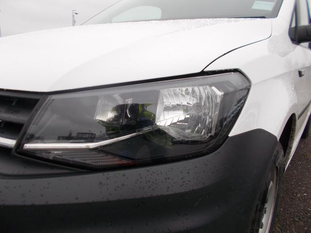2016 Volkswagen Caddy Maxi  2.0 102PS BLUEMOTION TECH 102 STARTLINE EURO 6 (GJ66MVL) Image 15
