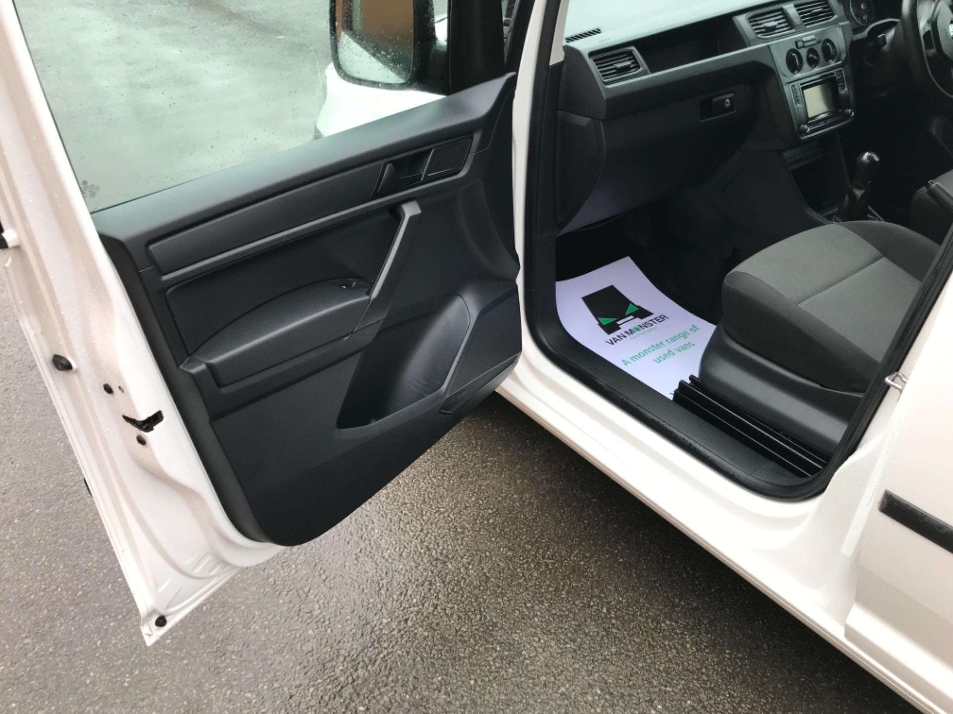 2016 Volkswagen Caddy  2.0 75ps BLUEMOTION TECH STARTLINE EURO 6 (GJ66MXG) Image 25