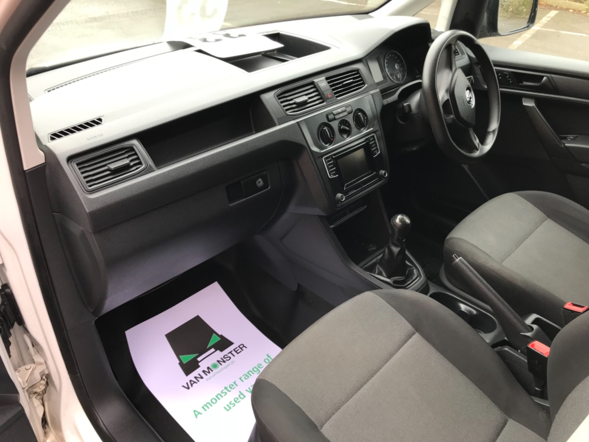 2016 Volkswagen Caddy  2.0 75ps BLUEMOTION TECH STARTLINE EURO 6 (GJ66MXG) Image 24