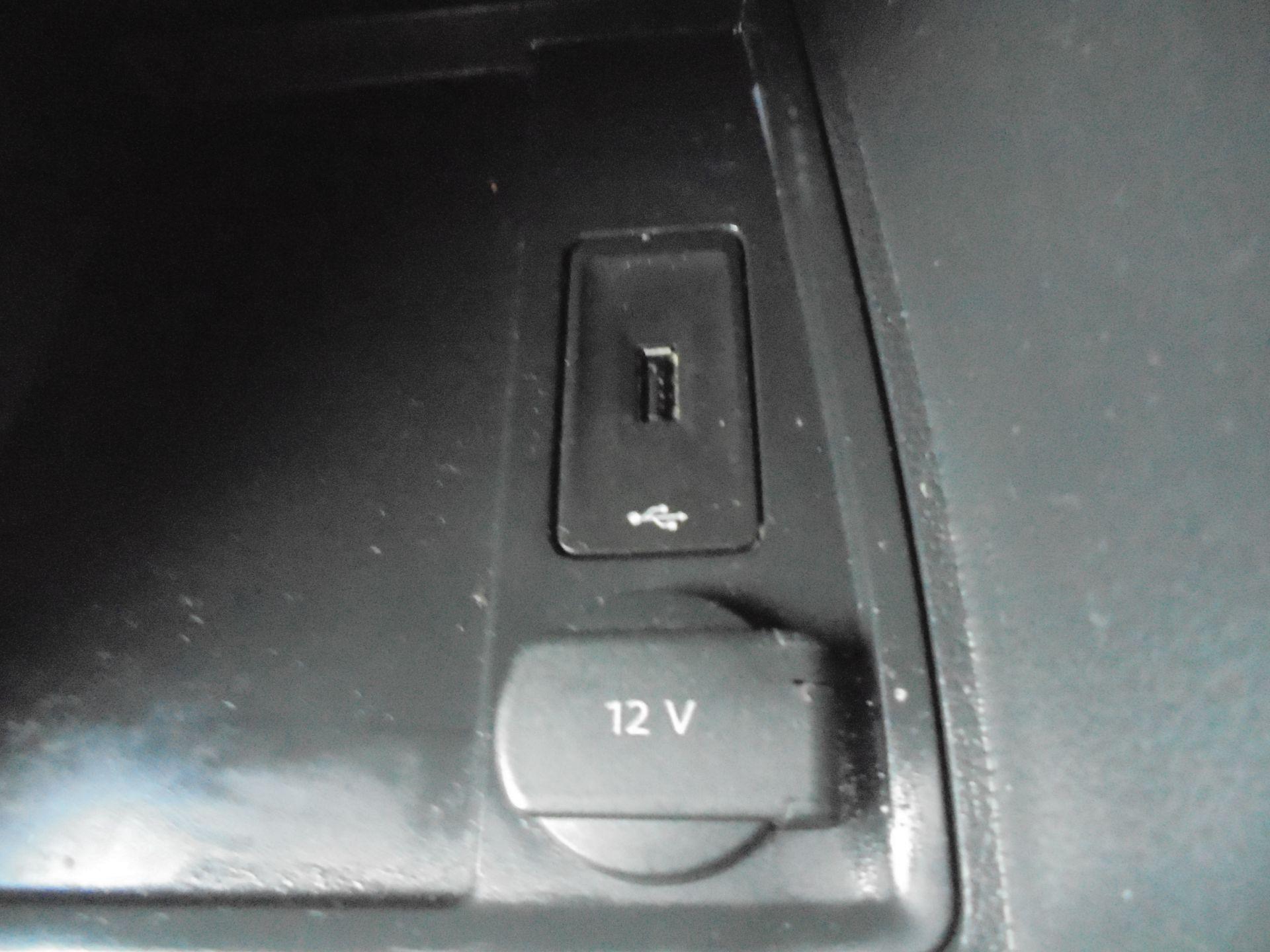 2016 Volkswagen Caddy  1.6 75PS STARTLINE EURO 5 (GJ66TXF) Image 22