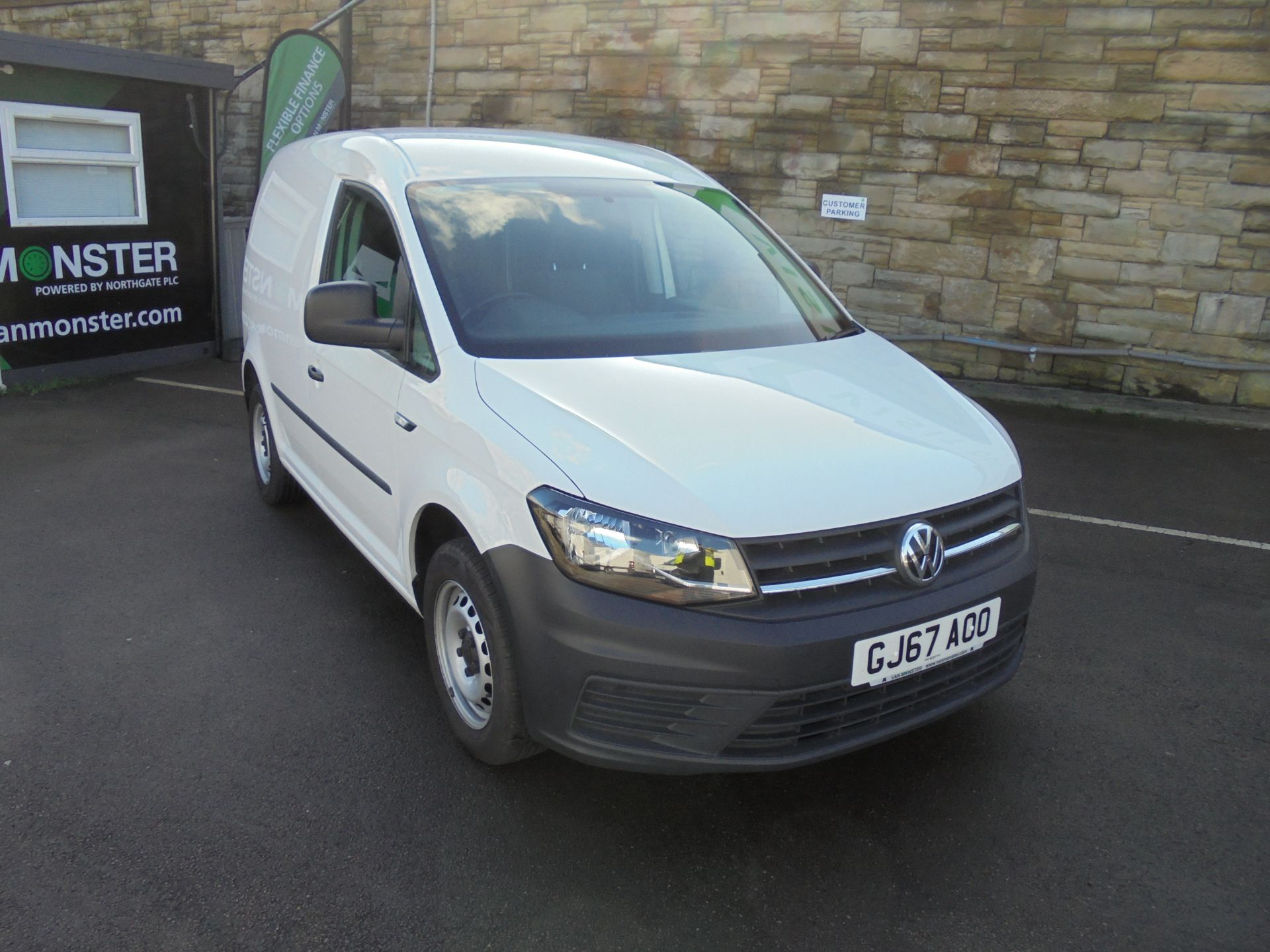2017 Volkswagen Caddy 2.0 Tdi Bluemotion Tech 102Ps Startline Van (GJ67AOO)