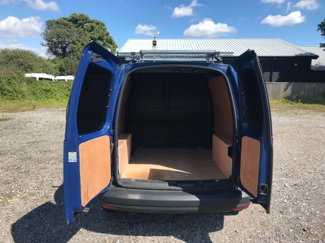 2017 Volkswagen Caddy  2.0 102PS BLUEMOTION TECH 102 STARTLINE EURO 6 (GJ67CPY) Image 11