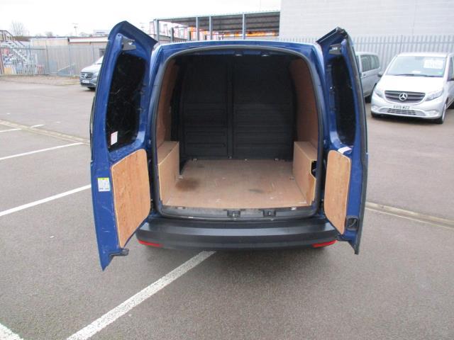 2017 Volkswagen Caddy  2.0 102PS BLUEMOTION TECH 102 STARTLINE EURO 6 (GJ67CRK) Image 5