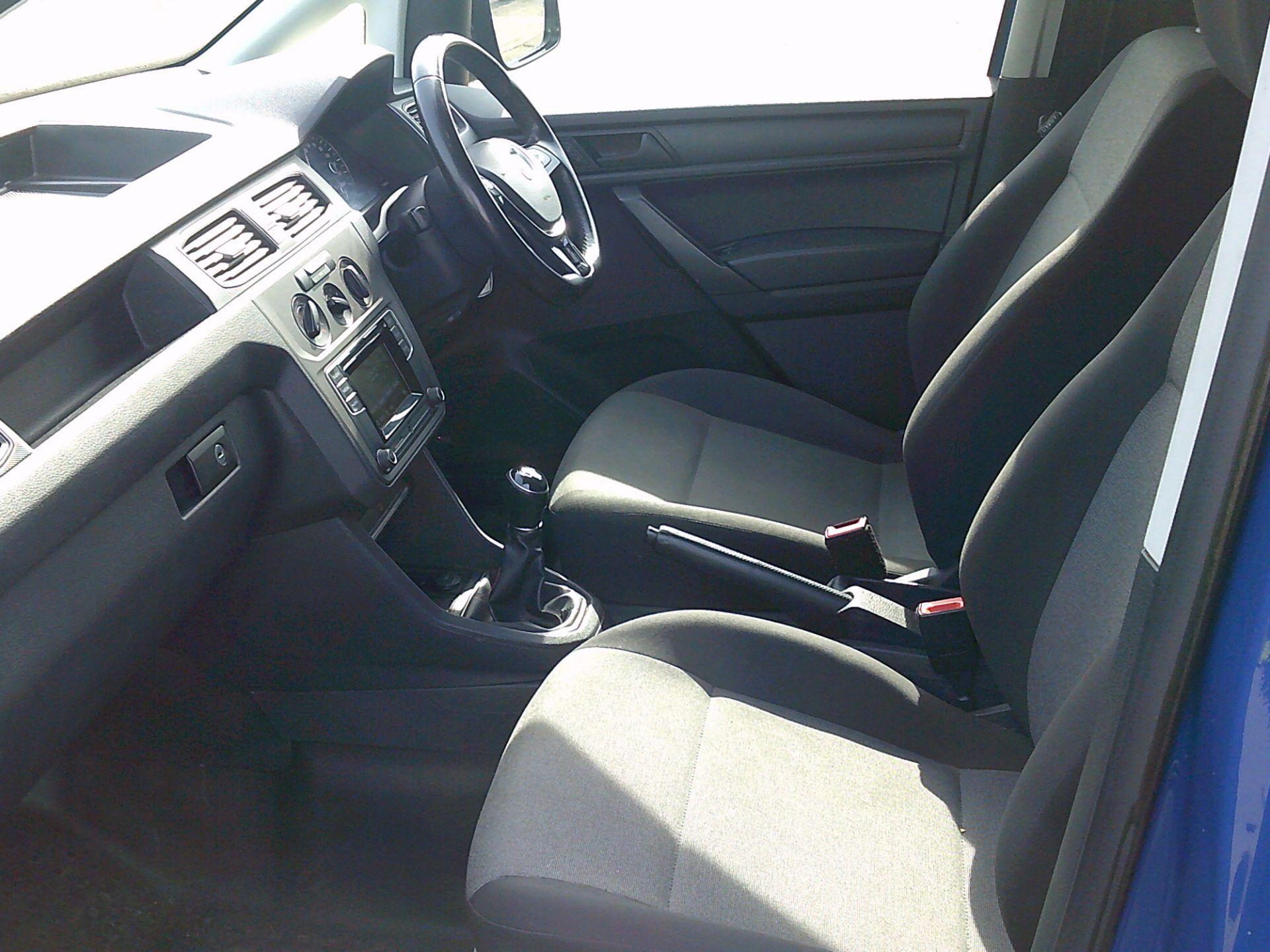 2017 Volkswagen Caddy Maxi 2.0 Tdi Bluemotion Tech 102Ps Startline Van * SPEED RESTRICTED TO 73 MPH * (GJ67CRV) Image 5