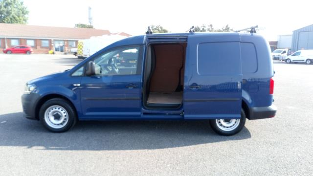 2017 Volkswagen Caddy Maxi 2.0 Tdi Bluemotion Tech 102Ps Startline Van * Speed Restricted to 75 MPH * (GJ67CTY) Image 11