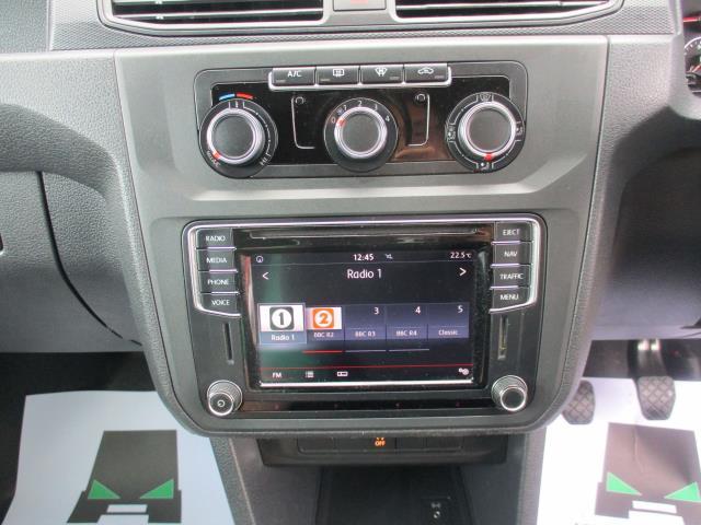 2017 Volkswagen Caddy 2.0 102PS BLUEMOTION TECH 102 HIGHLINE EURO 6 (GJ67CVV) Image 14