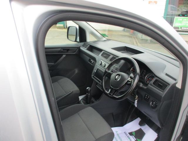 2017 Volkswagen Caddy 2.0 102PS BLUEMOTION TECH 102 HIGHLINE EURO 6 (GJ67CVV) Image 11