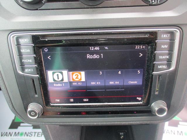2017 Volkswagen Caddy 2.0 102PS BLUEMOTION TECH 102 HIGHLINE EURO 6 (GJ67CVV) Image 25