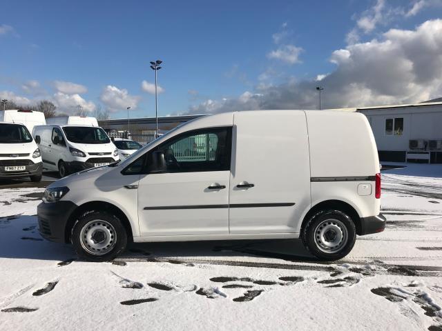 2017 Volkswagen Caddy  2.0 102PS BLUEMOTION TECH 102 STARTLINE EURO 6 (GJ67FNP) Image 4