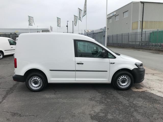 2017 Volkswagen Caddy 2.0TDI BLUEMOTION TECH 102PS STARTLINE EURO 6 (GJ67FNY) Image 5