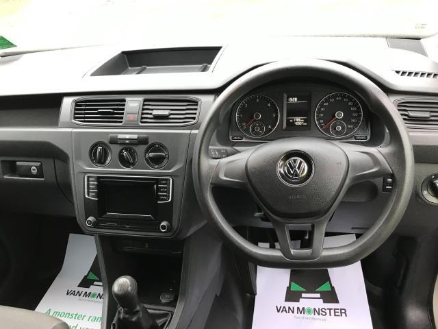 2017 Volkswagen Caddy  2.0 102PS BLUEMOTION TECH 102 STARTLINE EURO 6 (GJ67FOD) Image 18
