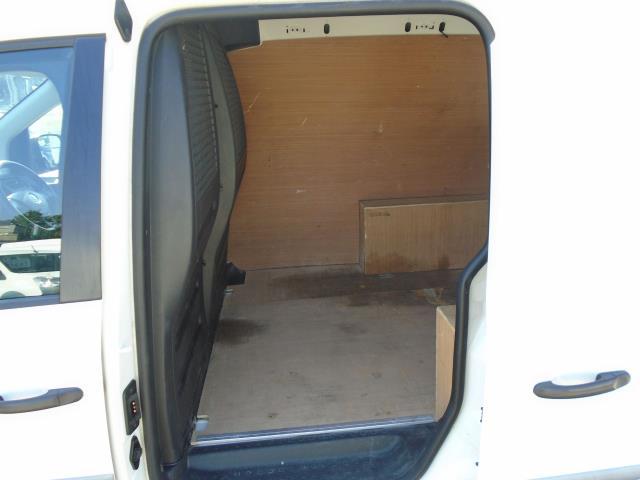 2017 Volkswagen Caddy 2.0 Tdi Bluemotion Tech 102Ps Startline Van (GJ67FOF) Image 12