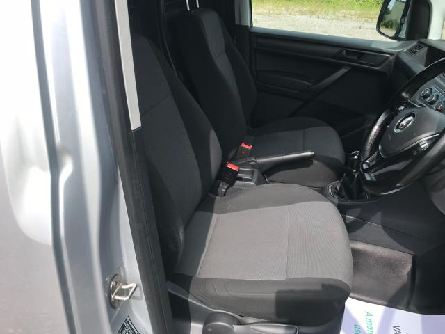 2017 Volkswagen Caddy 2.0 Tdi Bluemotion Tech 102Ps Highline Van Euro 6 (GJ67JYN) Image 22
